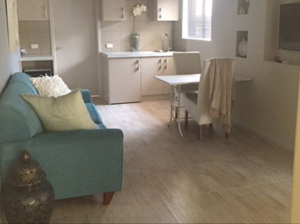 Kindred Studio Apartments - eAccommodation