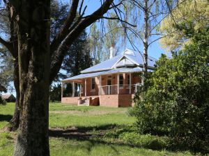 Hilton Homestead - eAccommodation