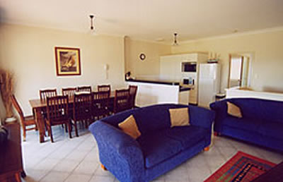 A Beachfront Villa Rockingham - eAccommodation
