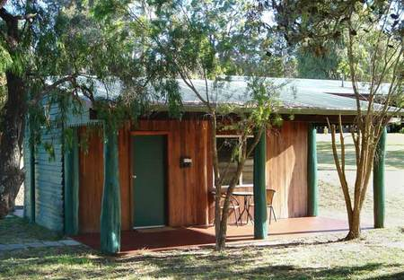 Kin Kin Retreat - eAccommodation