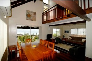 Bonny Hills Beach House - eAccommodation