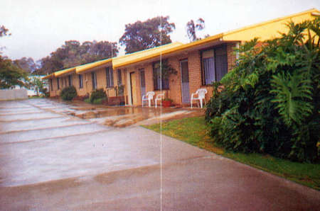 Clovelly Holiday Units - eAccommodation