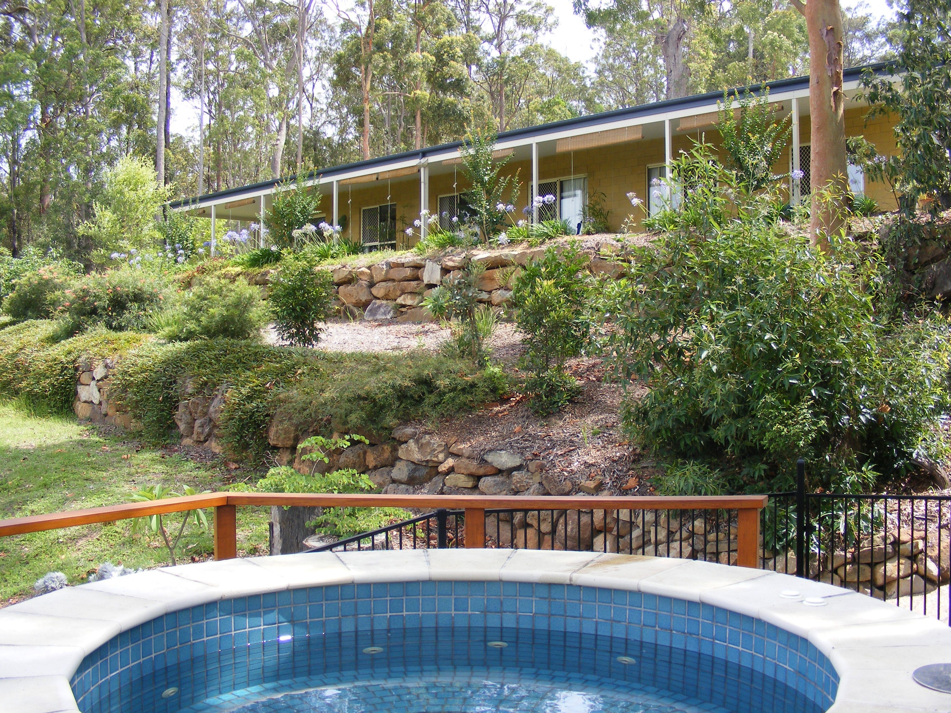 Bed and Breakfast at Wallaby Ridge - eAccommodation