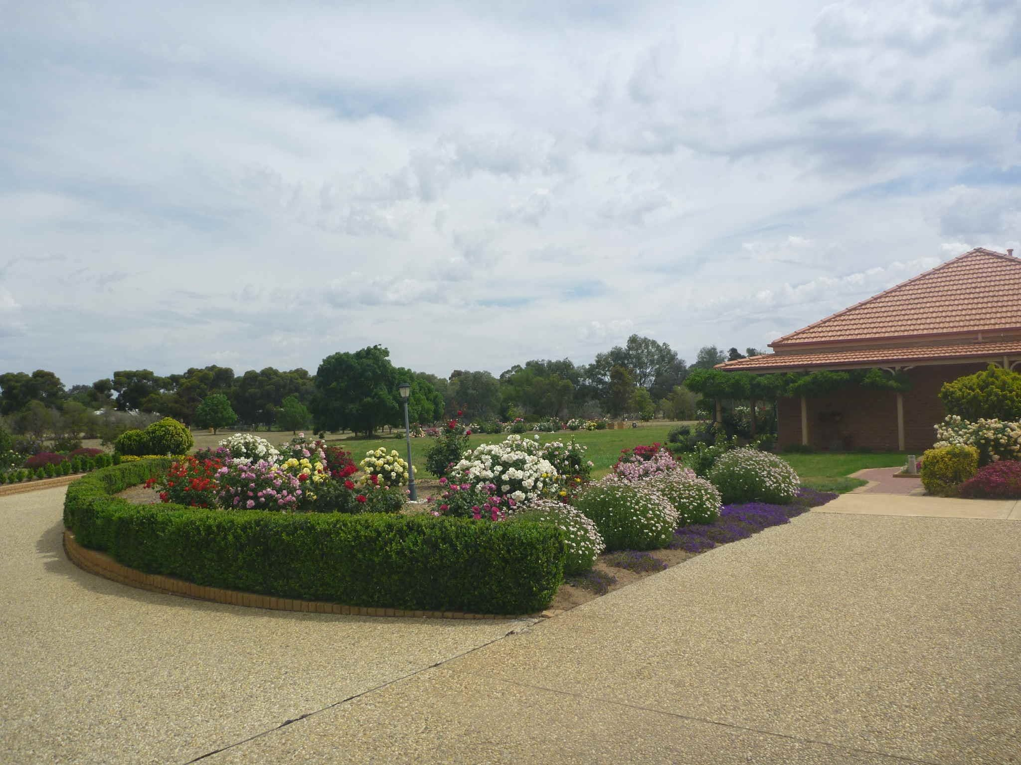 Fairways Bed and  Breakfast at Jerilderie - eAccommodation