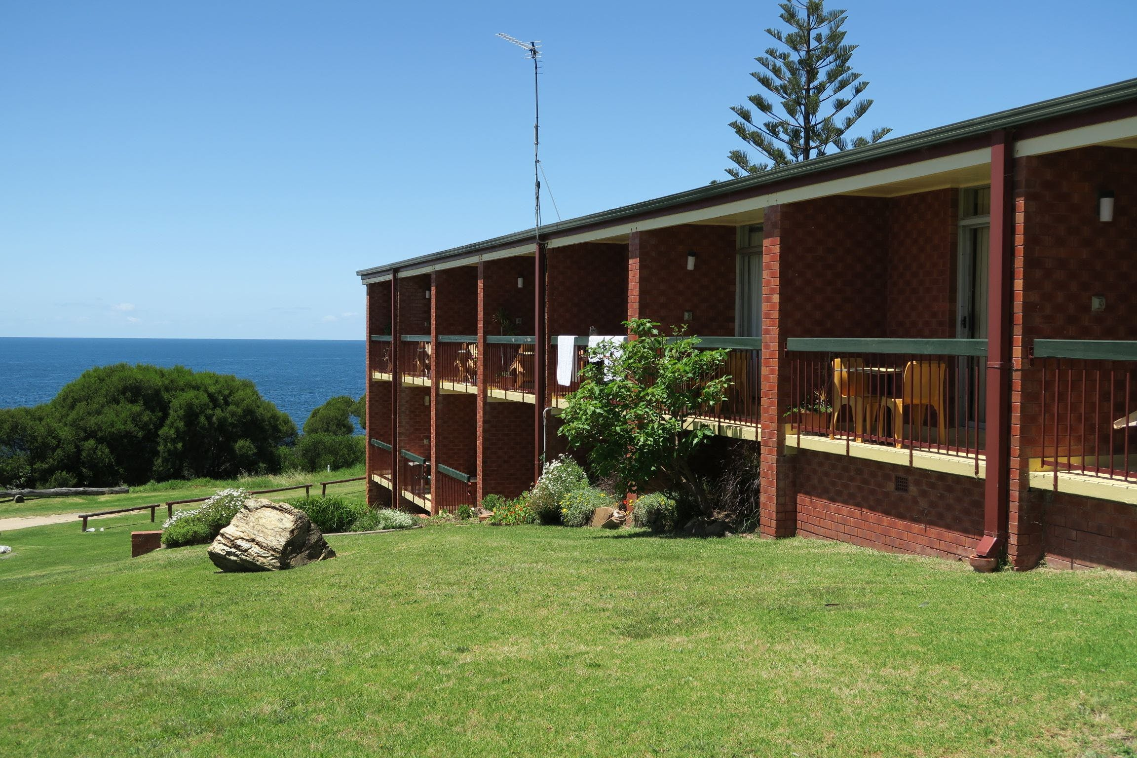 Tathra Hotel - Motel - eAccommodation
