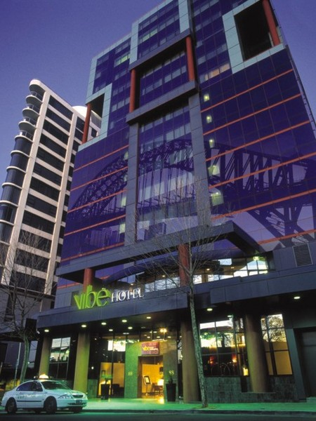 Vibe Hotel North Sydney - eAccommodation