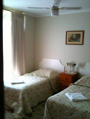 Camellia Court House and Holiday Apartments