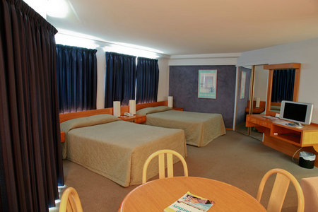 Quality Hotel Lord Forrest - eAccommodation