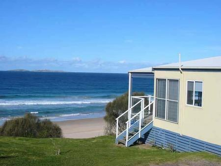 Surfbeach Holiday Park - eAccommodation