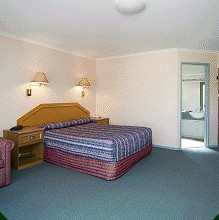 Thunderbird Motel - eAccommodation