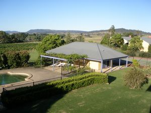 Tranquil Vale Vineyard - eAccommodation