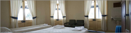 Roches Family Hotel - eAccommodation