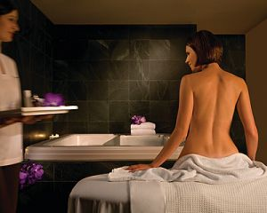 Four Seasons Hotel Sydney Spa - eAccommodation