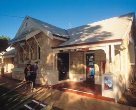 Dongara Heritage Trail - eAccommodation