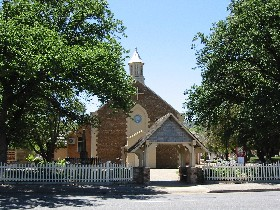 St George Church and Cemetery Tours - eAccommodation