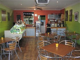 Cafe Lime and Gourmet Foodstore - eAccommodation