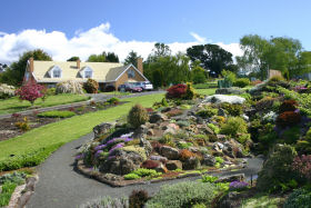 Kaydale Lodge Gardens - eAccommodation
