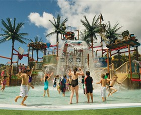 Wet 'n' Wild Water World - eAccommodation