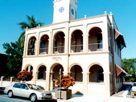 Mackay Town Hall - eAccommodation