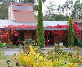 Fergusson Winery  Restaurant - eAccommodation