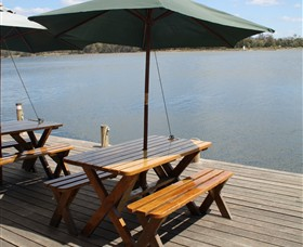 Dine at Tuross Boatshed and Cafe - eAccommodation