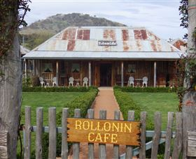 Rollonin Cafe - eAccommodation