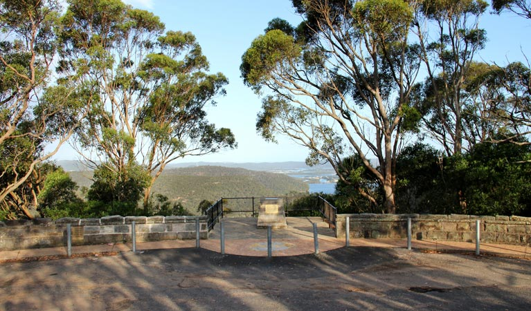 Staples lookout - eAccommodation