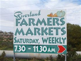 Riverland Farmers Market - eAccommodation