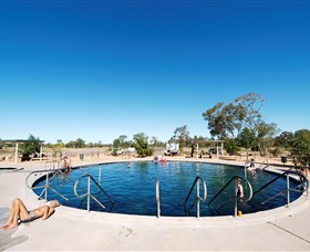 Lightning Ridge Bore Baths - eAccommodation