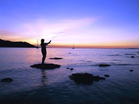 Fishing at Magnetic Island - eAccommodation