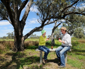 Restdown Wines and Walking Trail - eAccommodation