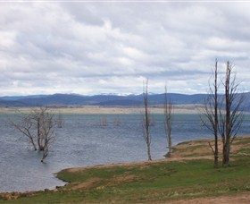 Lake Eucumbene - eAccommodation