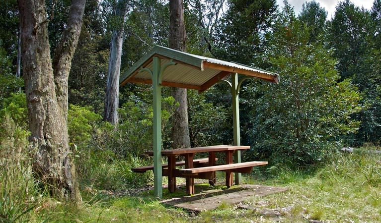 Devils Hole lookout walk and picnic area - eAccommodation