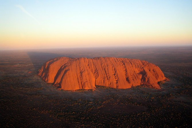 Fixed-Wing Scenic Flight from Uluru Ayers Rock - eAccommodation