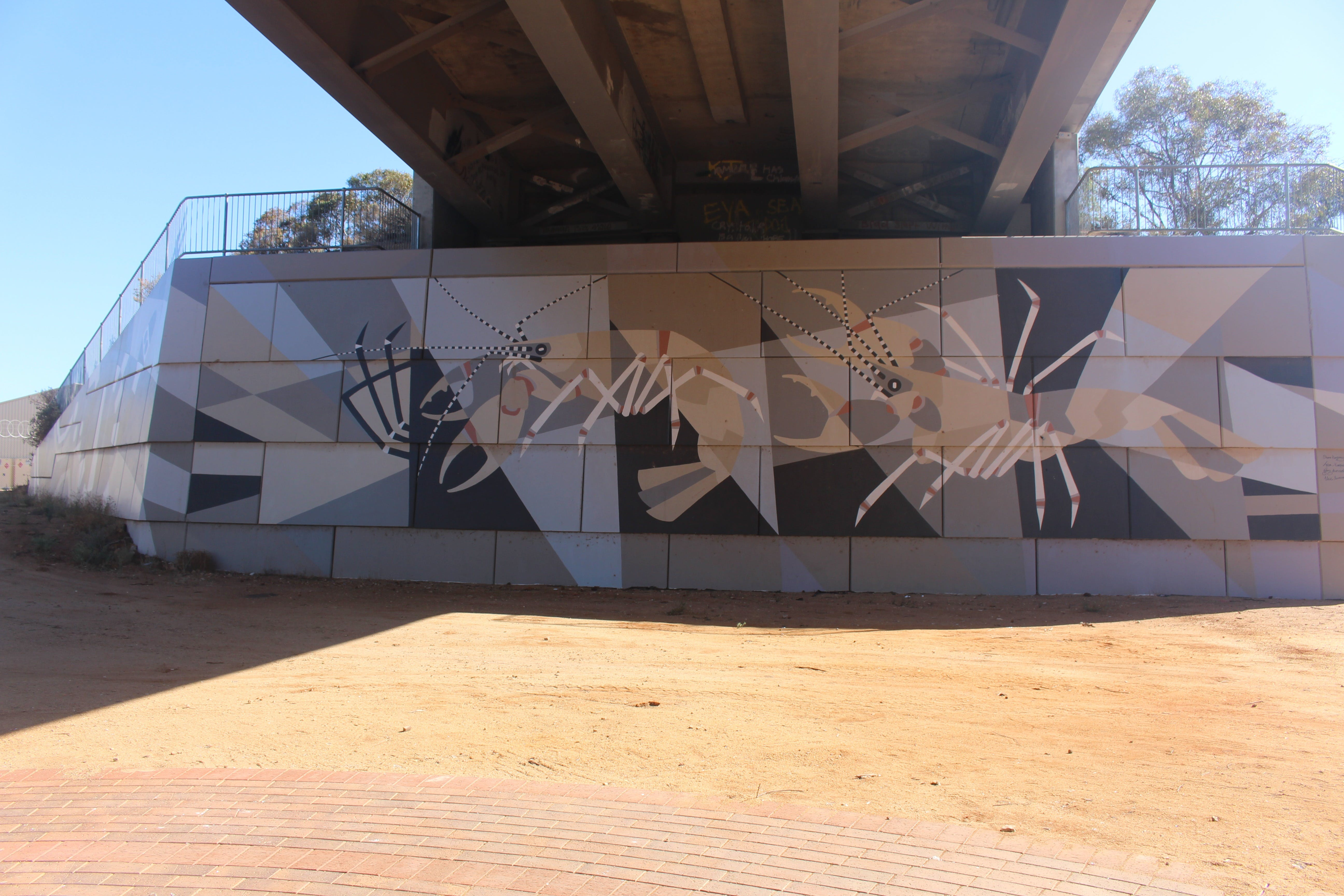 Berri Bridge Mural - eAccommodation