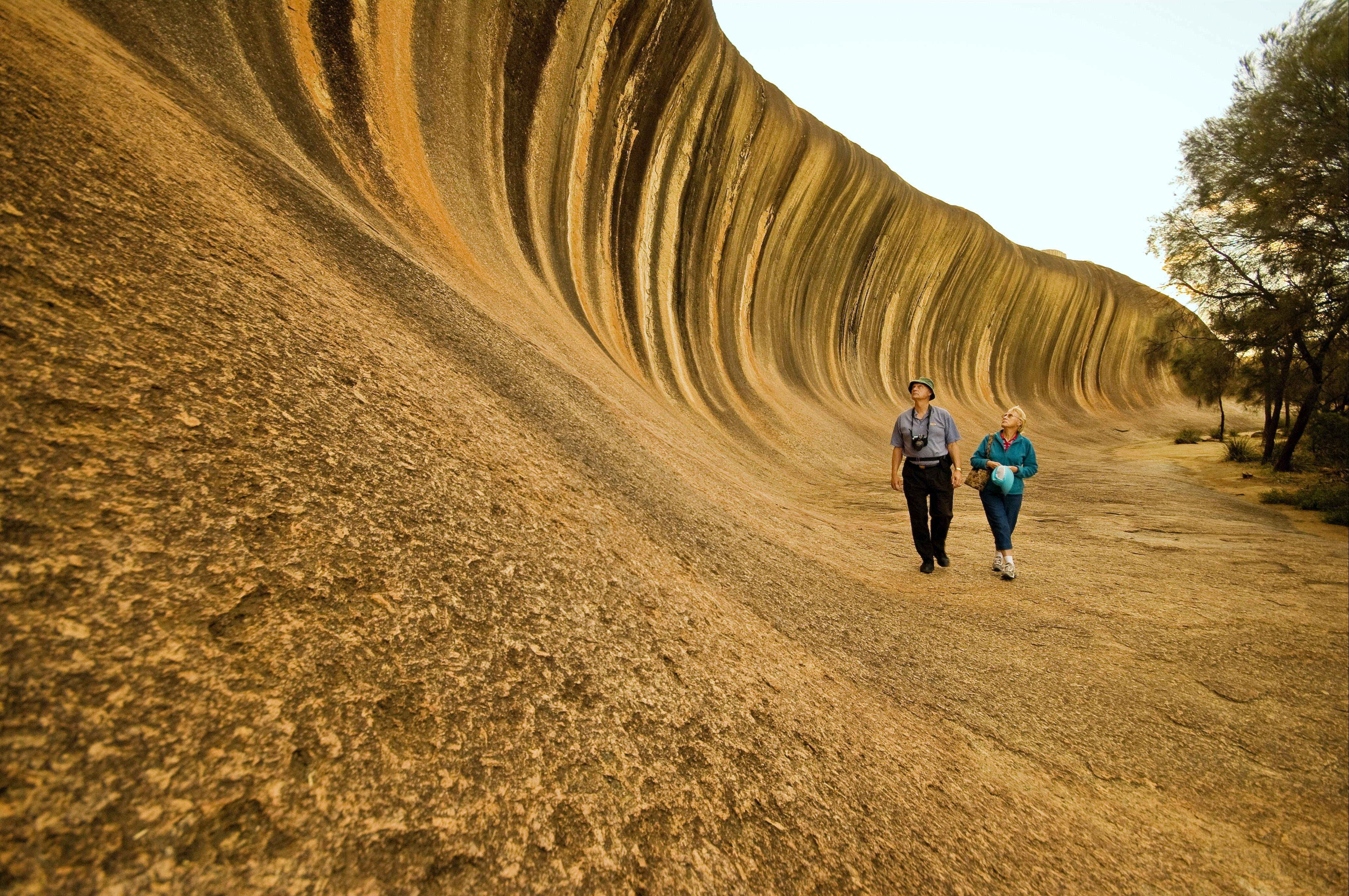 Wave Rock - eAccommodation