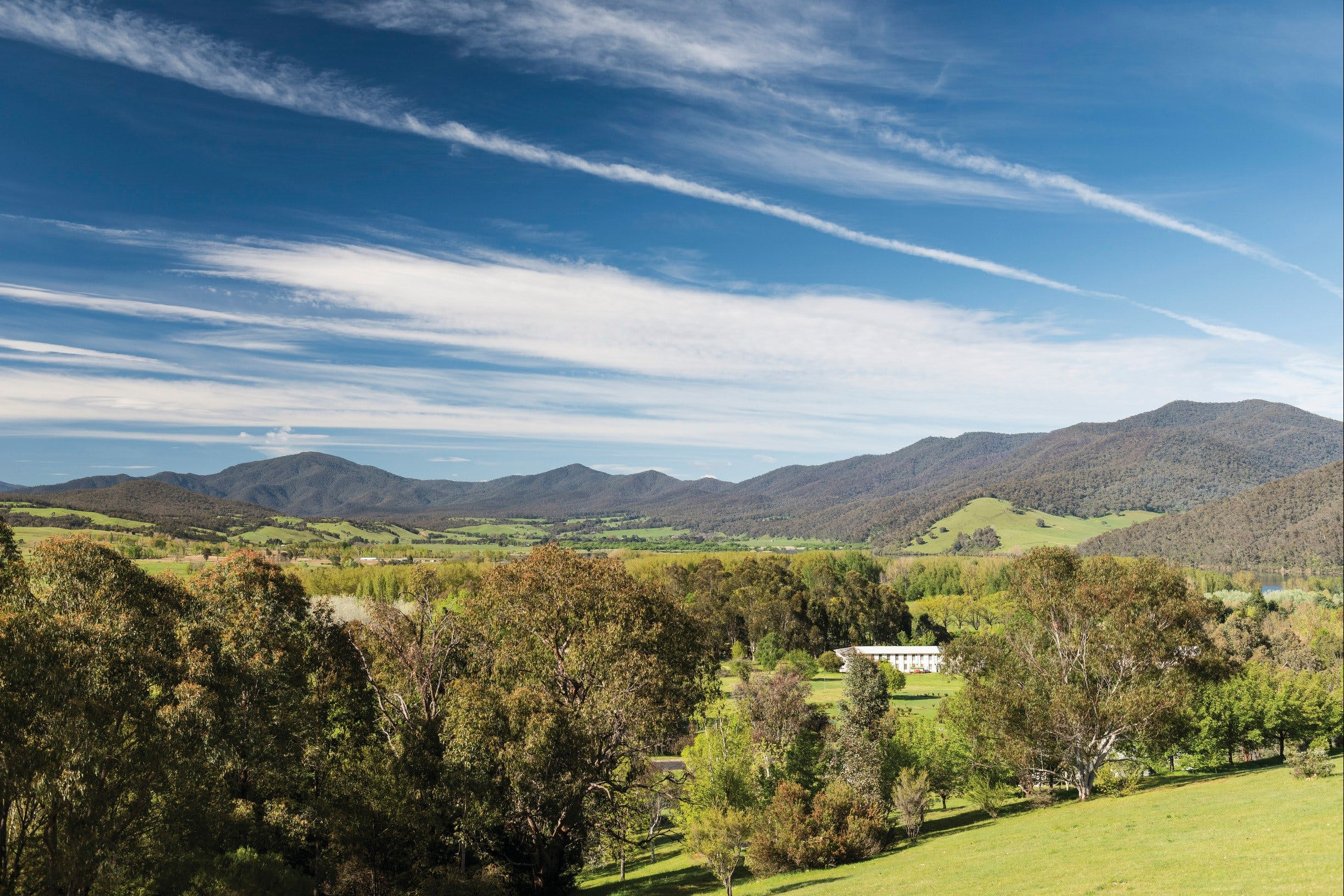 Corryong - eAccommodation