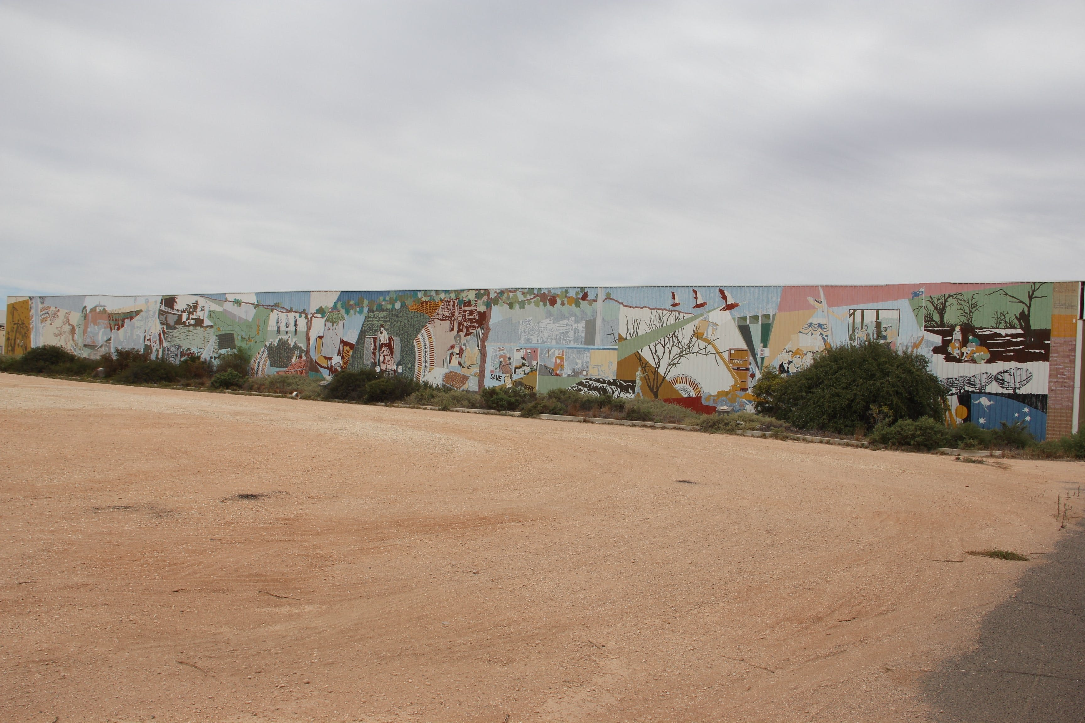 Berri Community Mural - eAccommodation