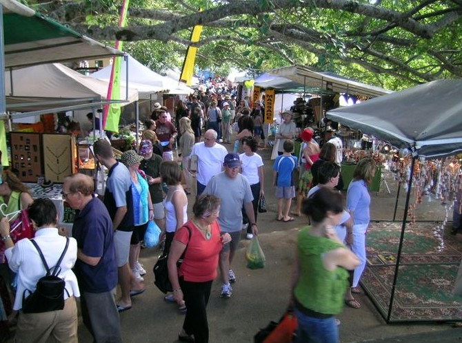 Eumundi Markets - eAccommodation