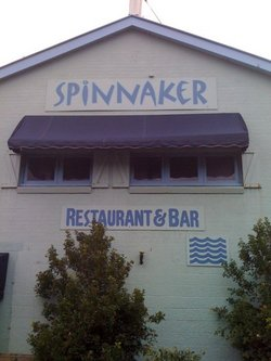 Spinnaker Restaurant and Bar - eAccommodation