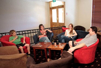 Hibernian Hotel Beechworth - eAccommodation