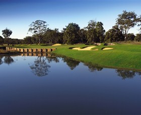 Kooindah Waters Golf Club - eAccommodation