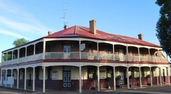 Brookton Club Hotel - eAccommodation