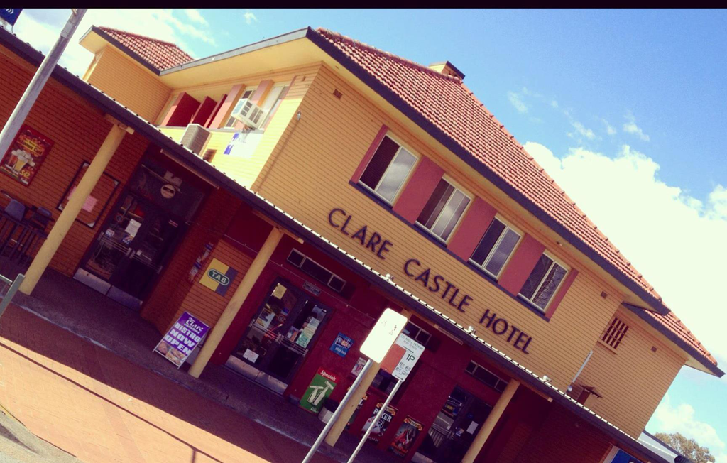 Clare Castle Hotel - eAccommodation