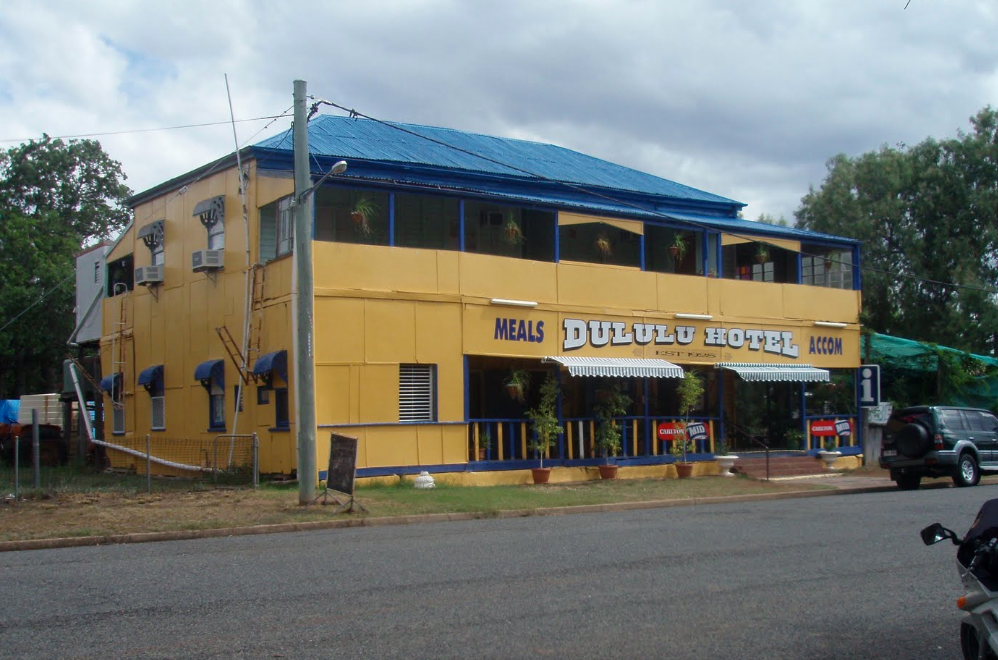 Dululu Hotel - eAccommodation