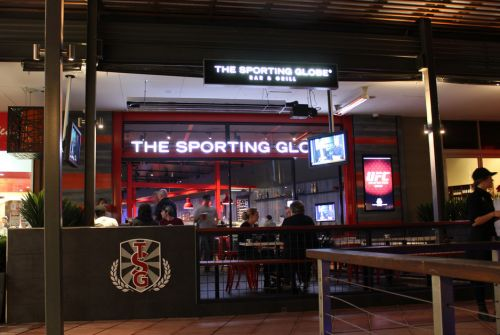 The Sporting Globe Bar amp Grill - eAccommodation