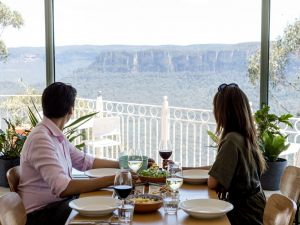 Christmas Day Lunch at The Lookout Echo Point - eAccommodation