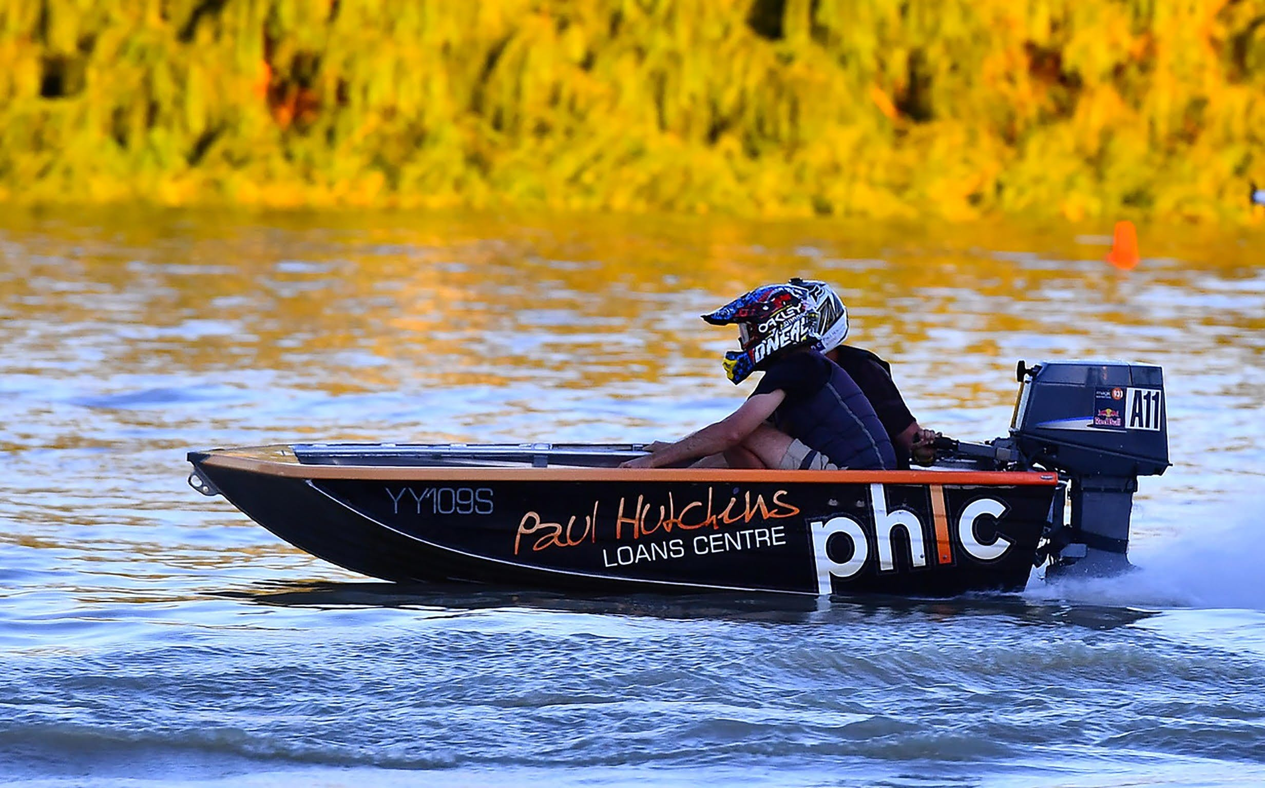 Round 6 Riverland Dinghy Club - The Paul Hutchins Loan Centre Hunchee Run - eAccommodation
