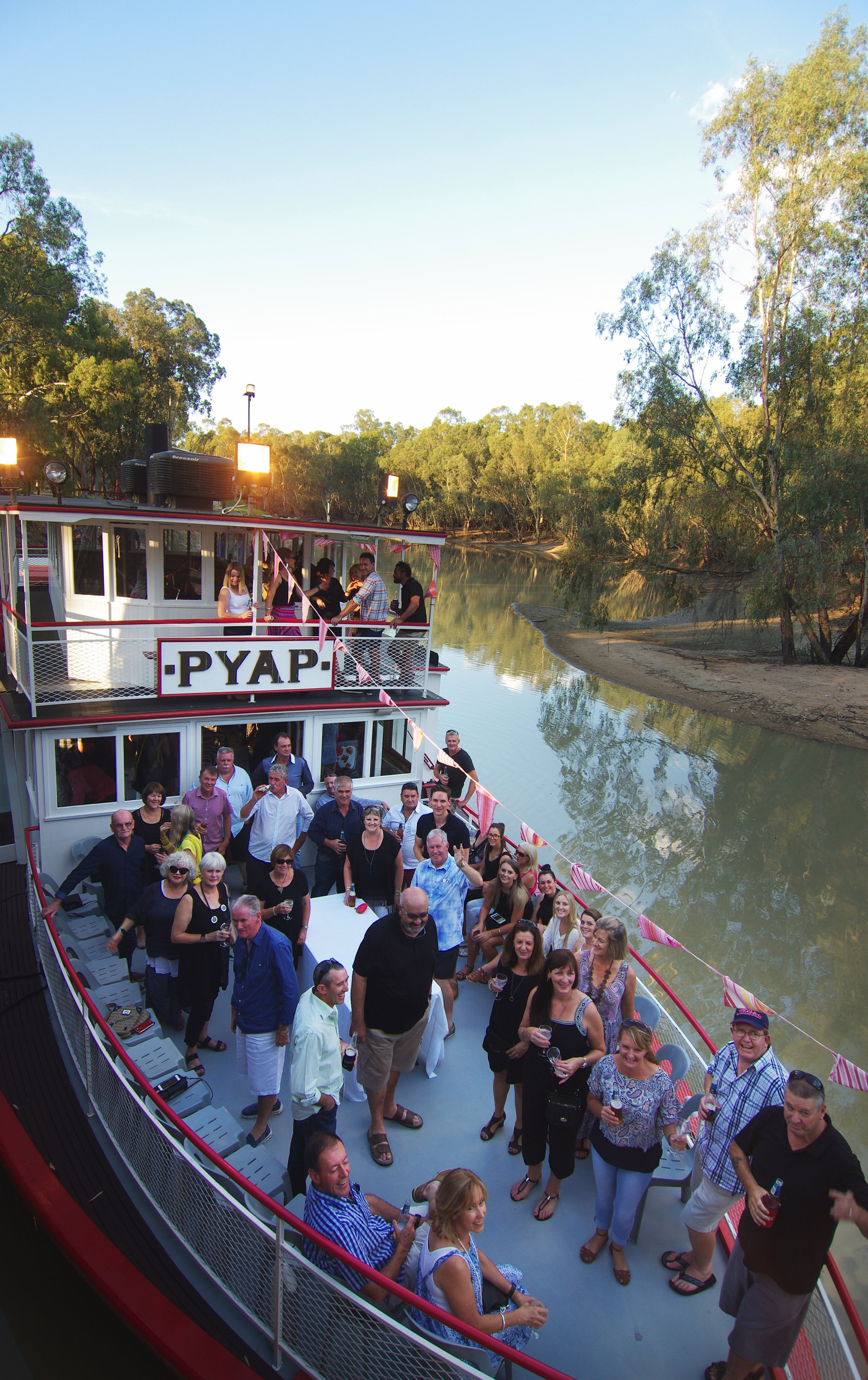 Swan Hill Region Food and Wine Festival Cruise - eAccommodation