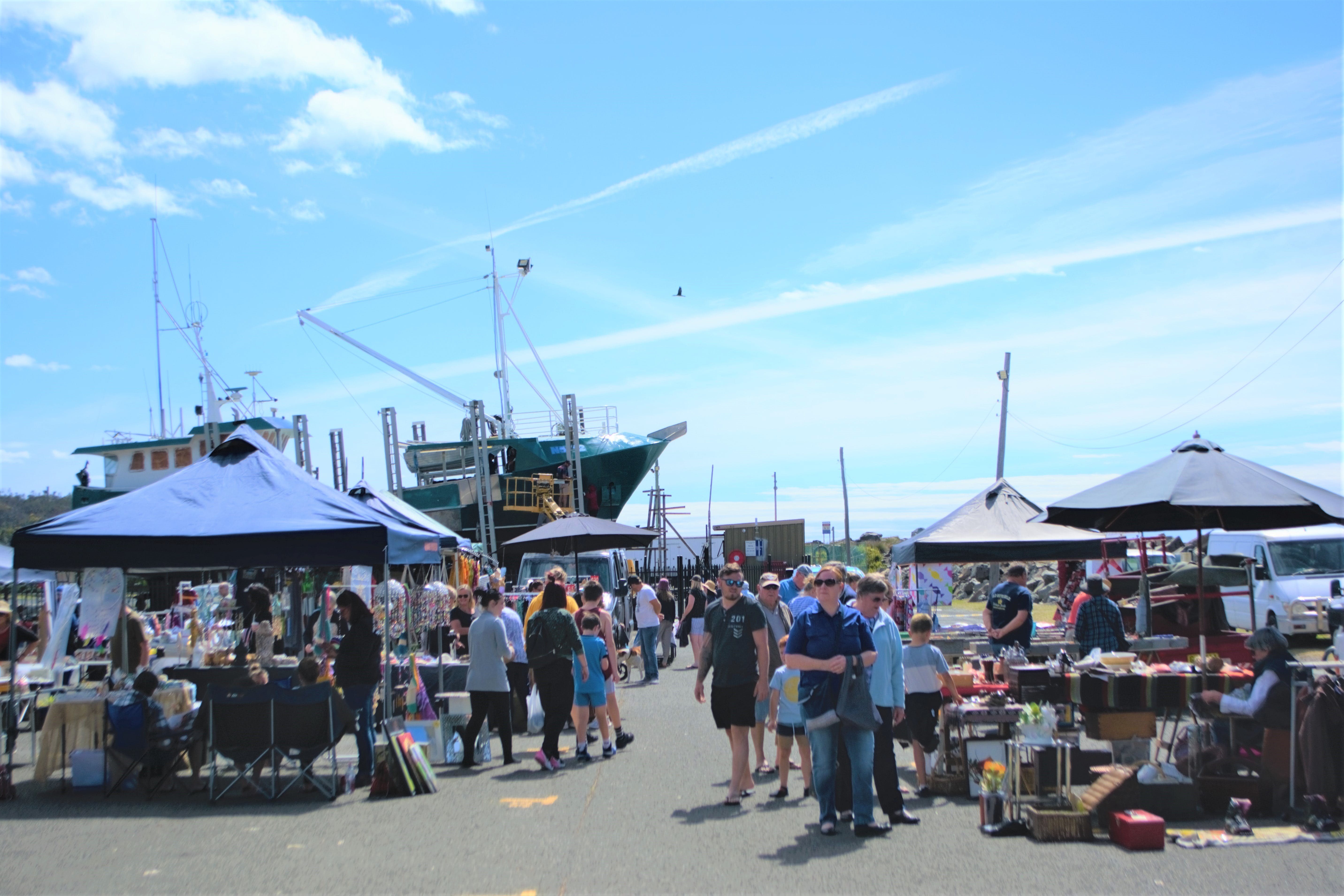 Marine Rescue Ulladulla Wharf Markets - eAccommodation
